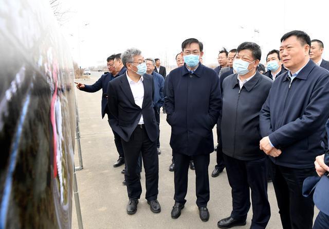 张志军到汽车开发区调查:务实推进红旗学院建设,构建优质发展新格局。