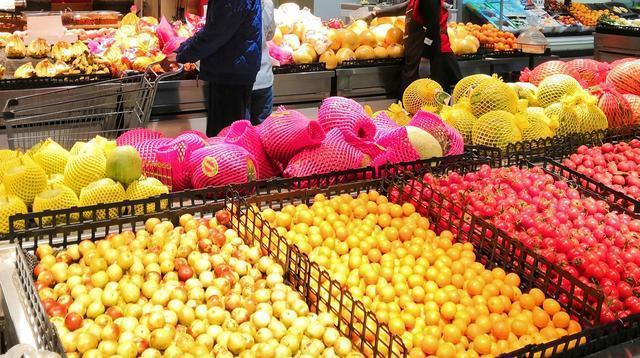 市场对账单和二兄弟降价,黄瓜茄子降价很多。